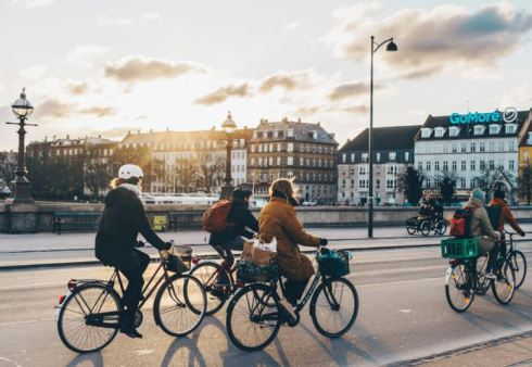Copenhagen-bike-city-02